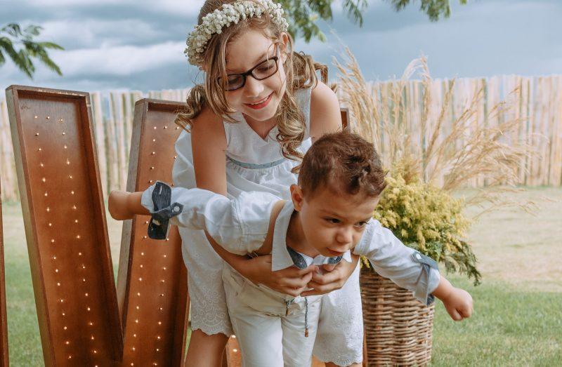 Fotografia feita pela fotógrafa Rafaella Isadora no casamento de Gabriela e Fernando