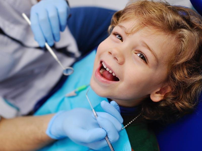 Reabilitação de dente de leite