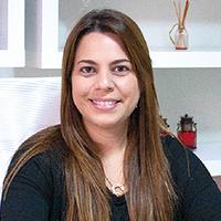 Dra. Fernanda Russi Ferreira